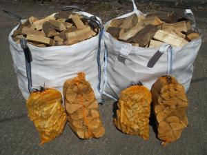BUILDERS BAG KILN DRIED HARDWOOD LOGS